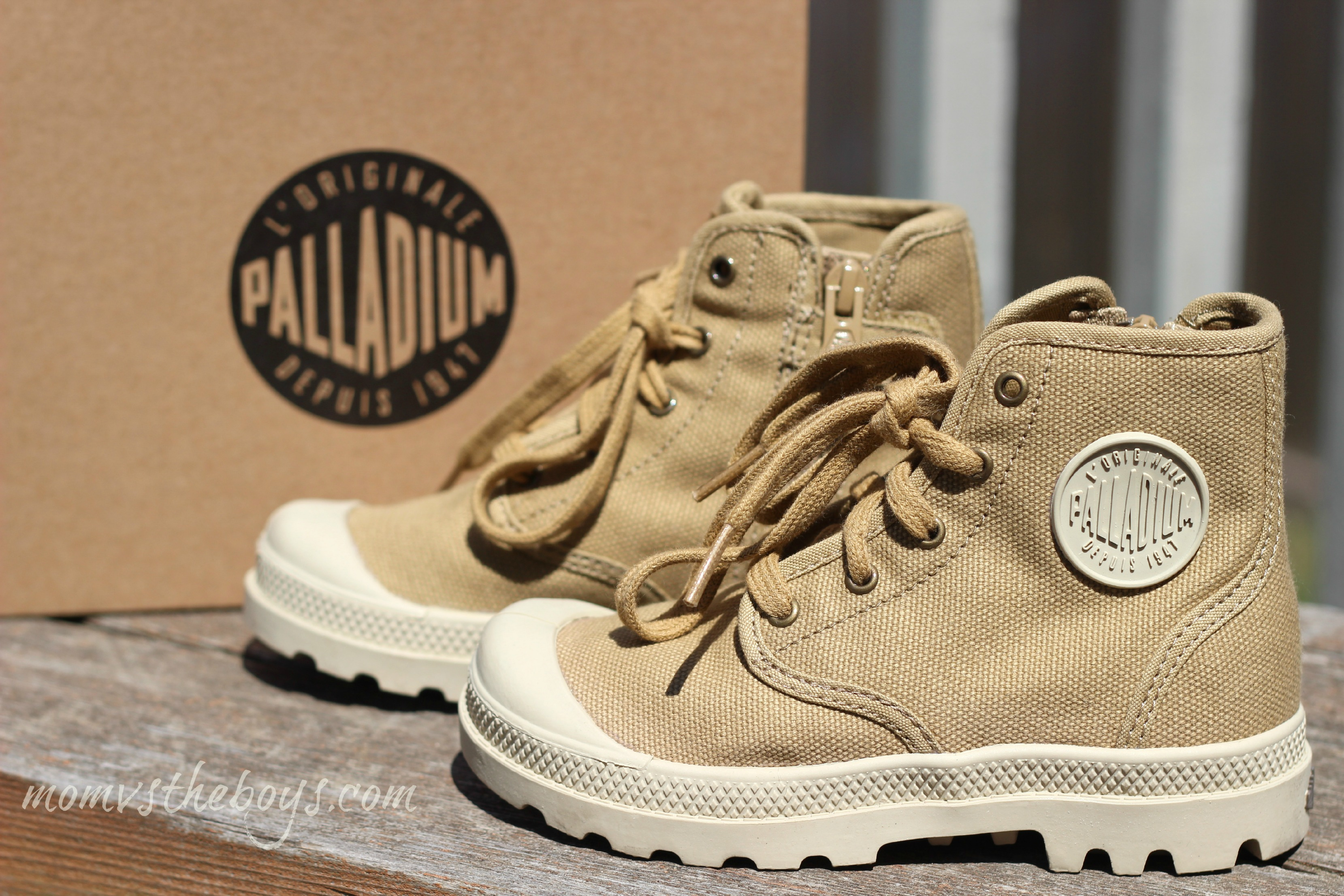 Palladium Boots for Kids {Giveaway}