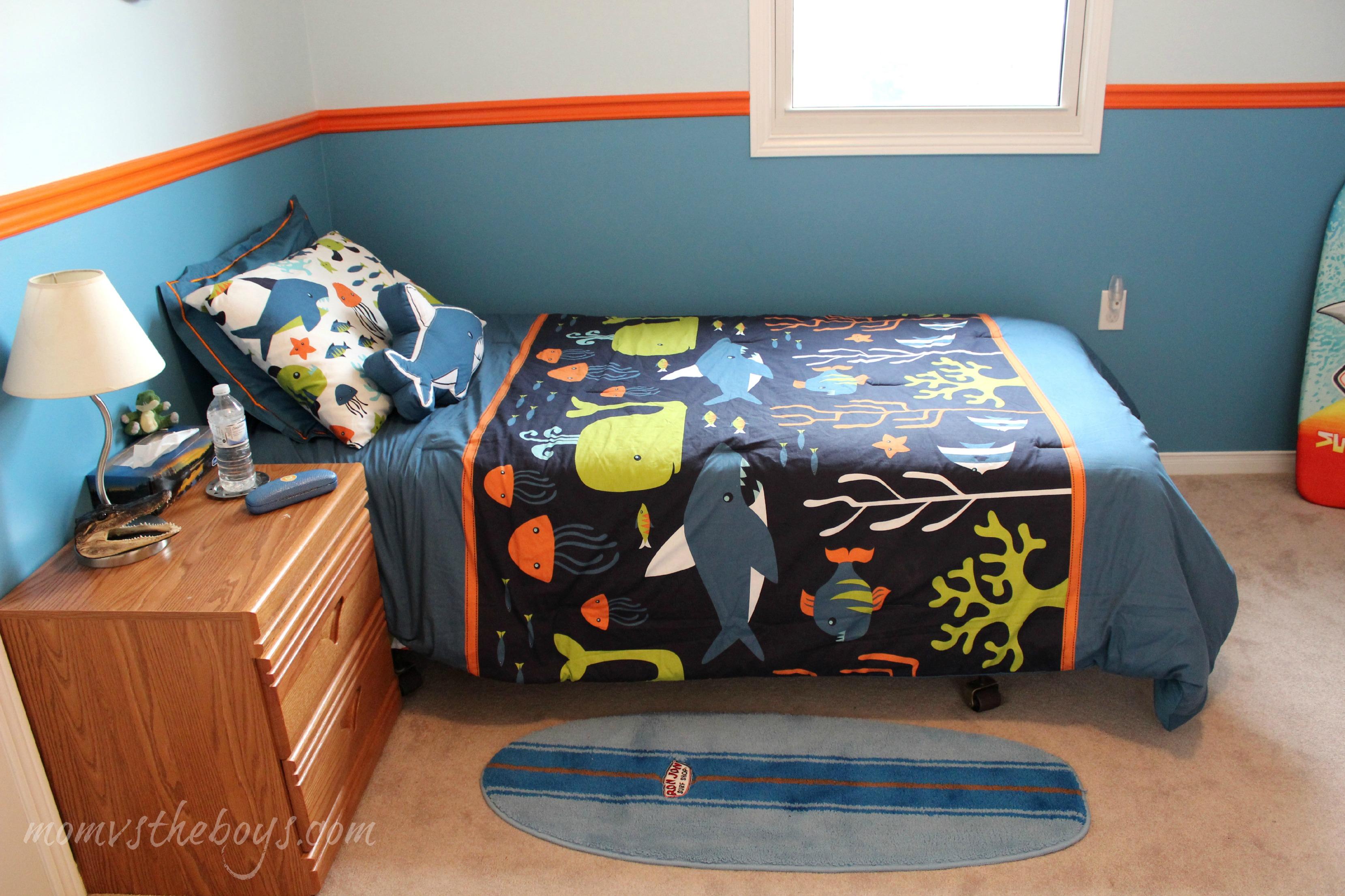 Unique surf bedroom