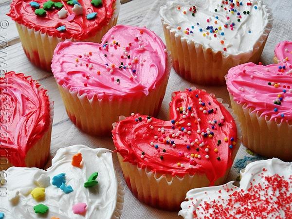 Valentine-Heart-Cupcakes5