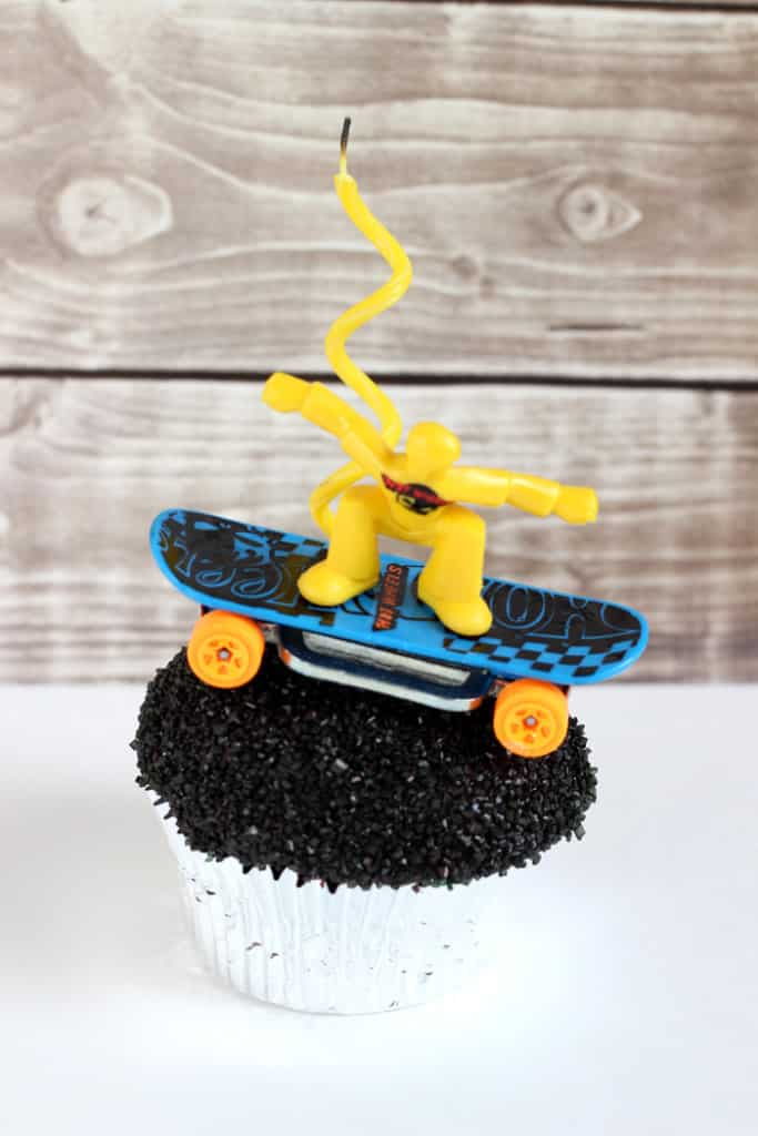 skateboarder cupcake