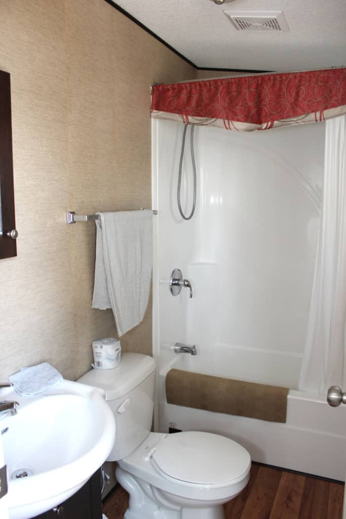 bath 700