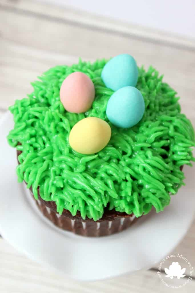 Easy Easter Cupcakes - Mom vs the Boys