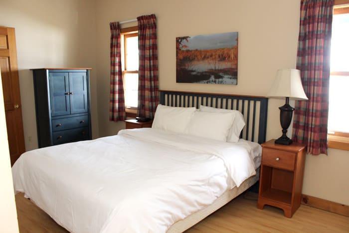 master bedroom viamede cottage