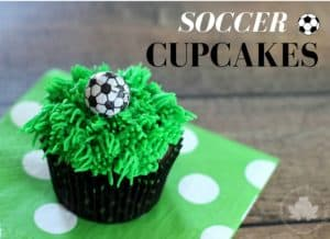 Soccer Cupcakes - Mom vs the Boys