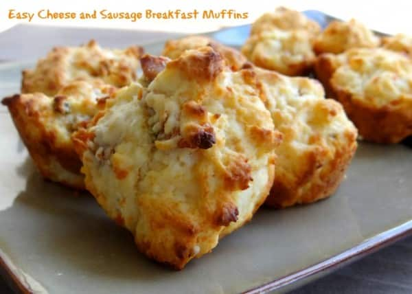 Easy-Cheese-and-Sausage-Breakfast-Muffins-1-687x491