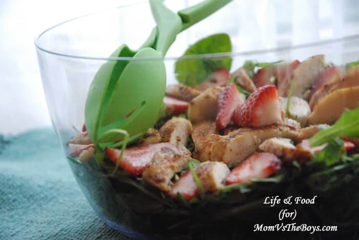 Chicken and Spinach Spring Mix Salad