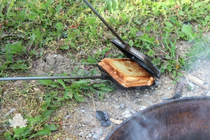 Campfire Cooking - Pizza Pie Irons