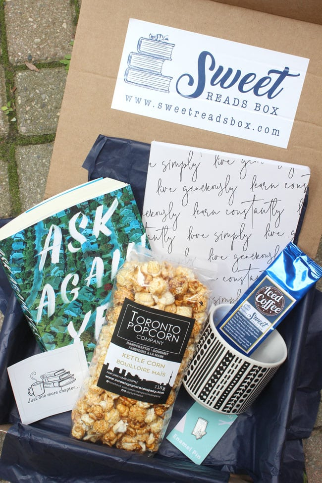 sweet reads box august